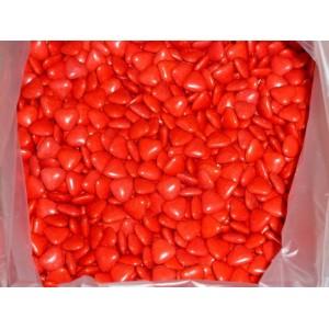 Dragées au chocolat coeurs rouges