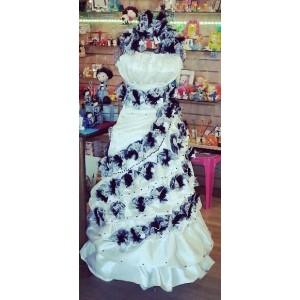 Robe de mariée garnie de tulles