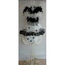 Robe originale noir et blanc